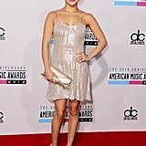 Nashville star Hayden Panettiere opted for an ultrashimmery silver dress — did we mention its ultrashort length, too? — which instantly reminded us of something ethereal and mermaid-like. To finish, she added a matching clutch, metallic pumps, and a bold red lip.