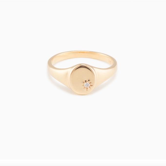 Mejuri Star Signet Ring