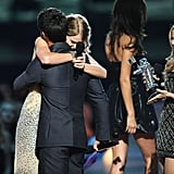 Taylor Swift Hugging Taylor Lautner at the 2009 VMAs