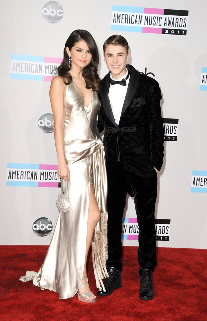 Justin Bieber and Selena Gomez made an affectionate appearance at the 2011 American Music Awards.