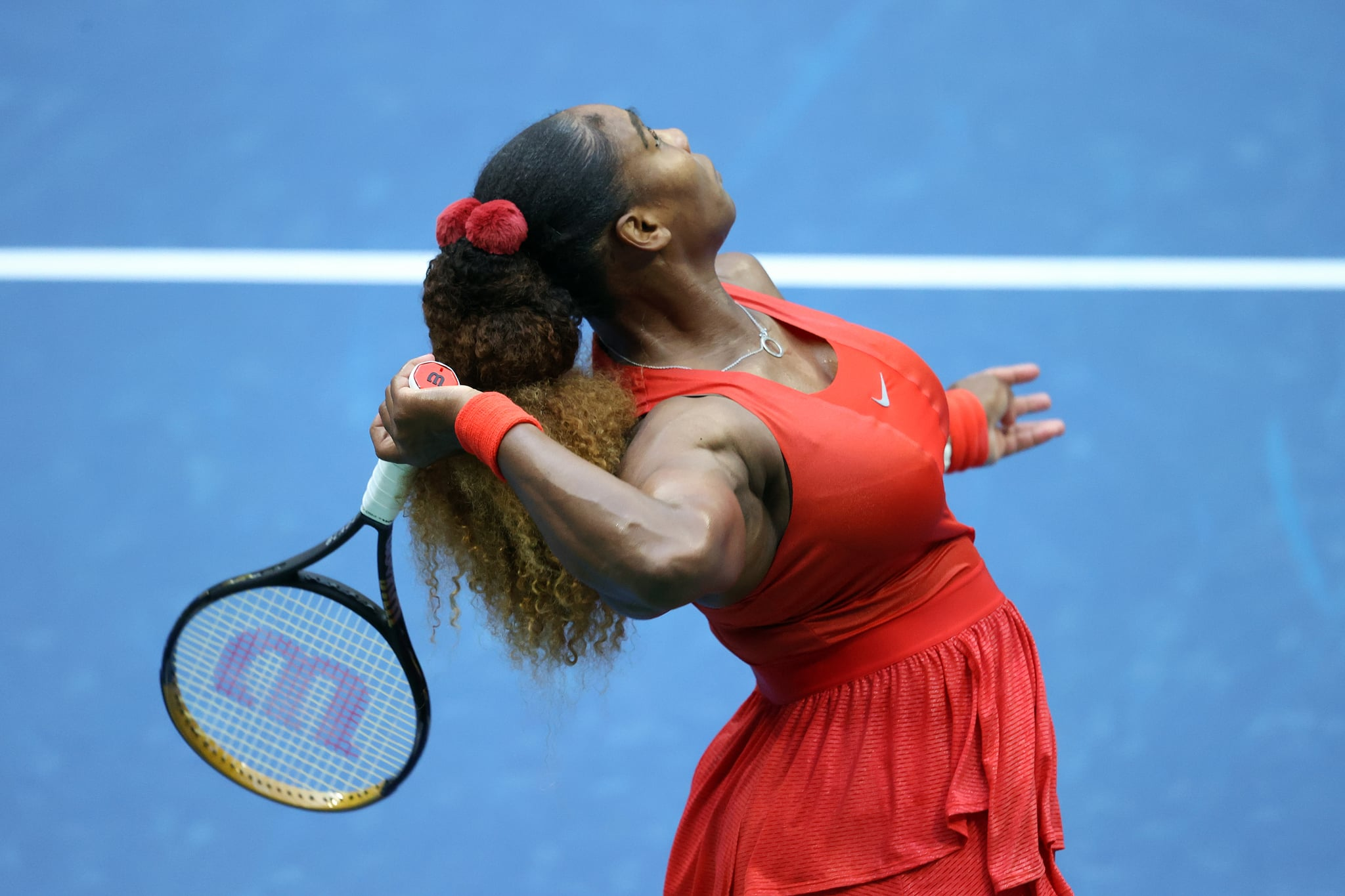 NEW YORK, NEW YORK - SEPTEMBER 01: Serena Williams of the United States serves the ball during her Women's Singles first round match against Kristie Ahn of the United States on Day Two of the 2020 US Open at the USTA Billie Jean King National Tennis Centre on September 1, 2020 in the Queens borough of New York City. (Photo by Al Bello/Getty Images)