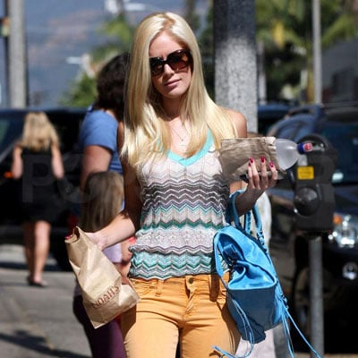Photo of Heidi Montag Shopping for Bagels
