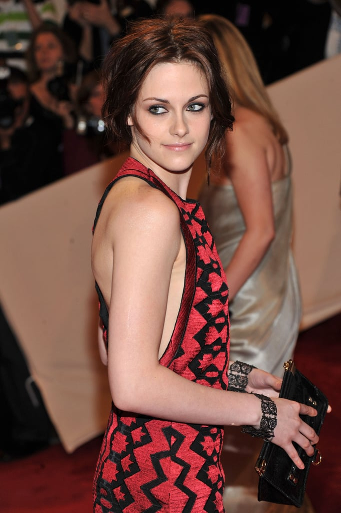 Kristen Stewart Wows in Supersexy Proenza Schouler at Met Gala!