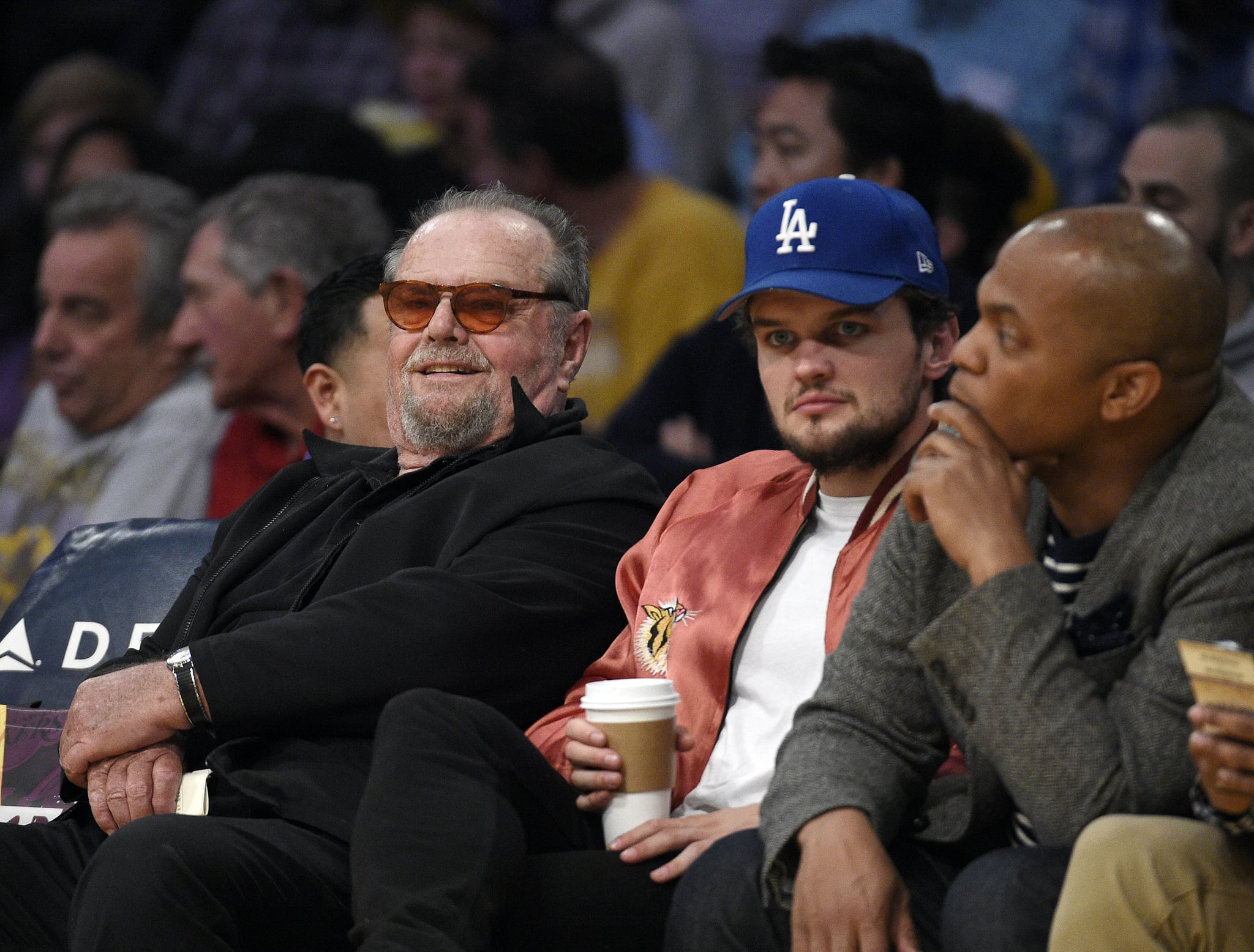 Jack Nicholson And Son Ray At Lakers Game March 2017 Popsugar Celebrity Uk Photo 2 Do me a big favour and watch it, tell everyone you know about it, then press play on it. son ray at lakers game march