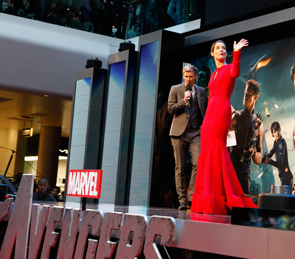 Cobie Smulders gave a wave on stage in London for the premiere of The Avengers.