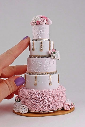 Miniature Wedding Cake Instagram Account