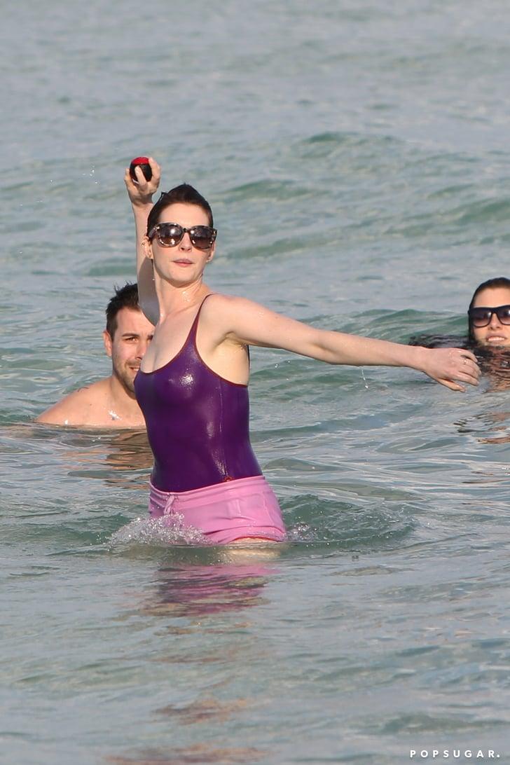 Mercedes Of Miami >> Anne Hathaway and Adam Shulman in Miami Beach | POPSUGAR ...