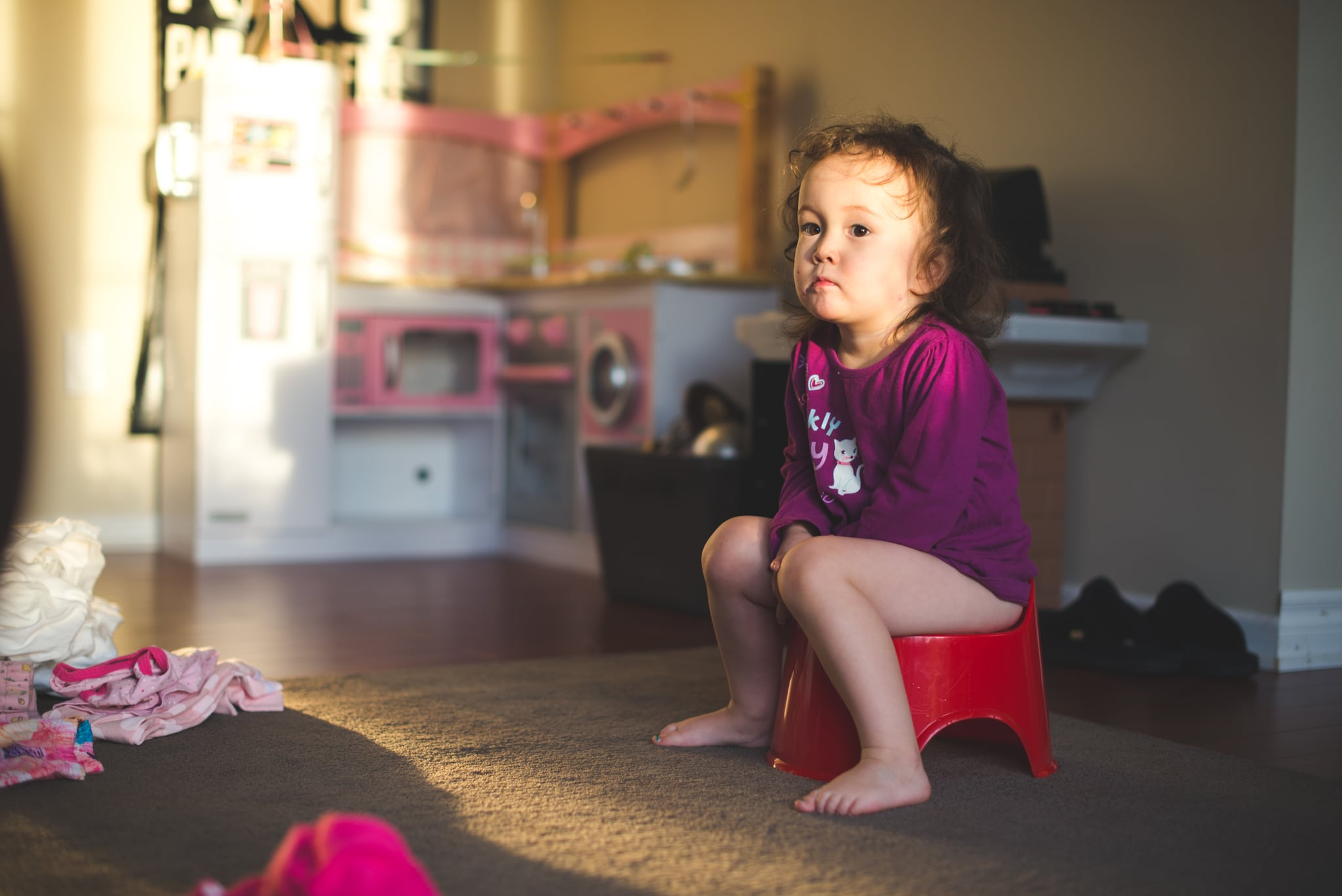 how to potty train toddlers popsugar moms. Black Bedroom Furniture Sets. Home Design Ideas