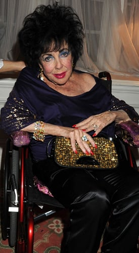 Elizabeth Taylor Has Died in Hospital in Los Angeles
