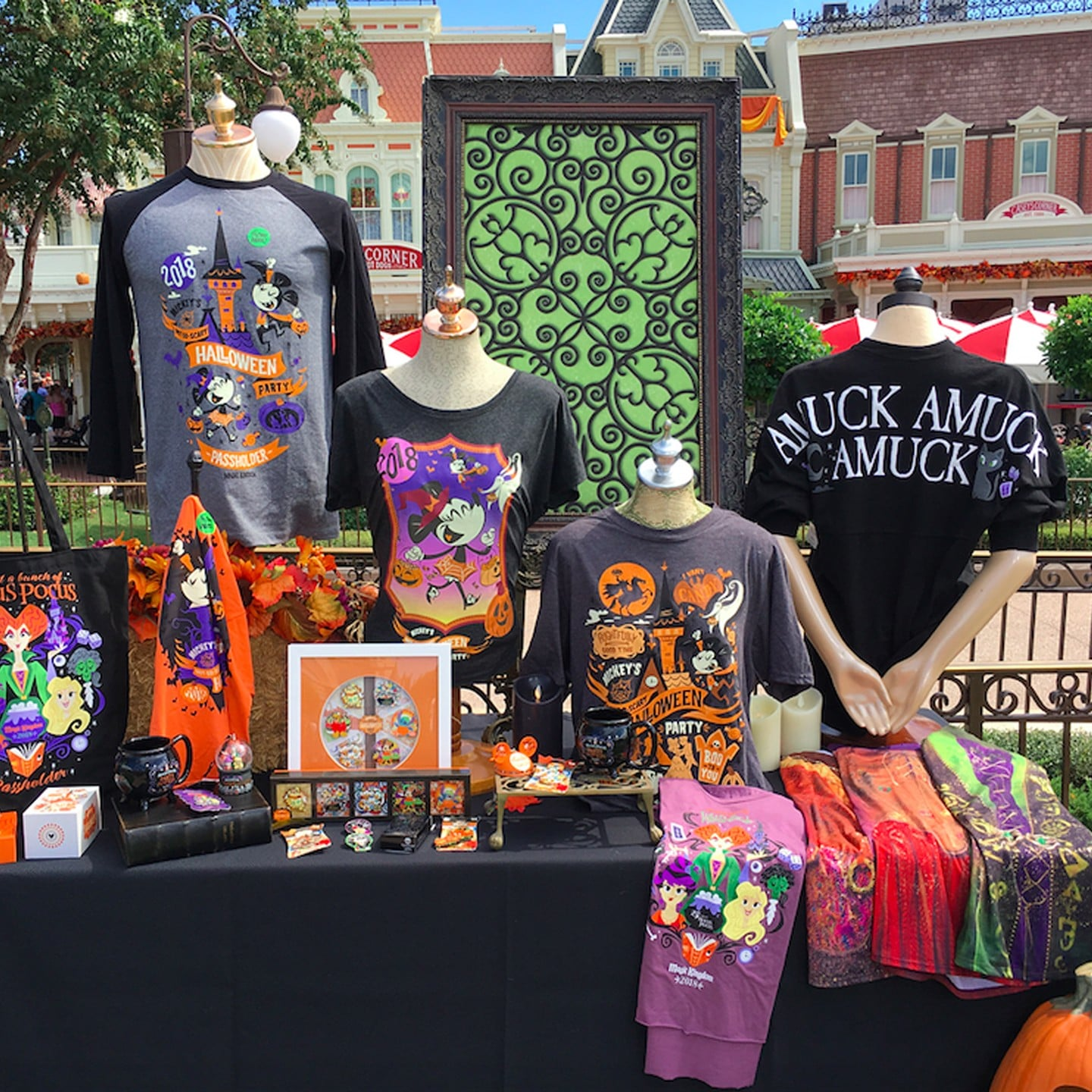 Disneyland Halloween 2019 Merchandise.Disney Hocus Pocus Merchandise Halloween 2018 Popsugar Entertainment
