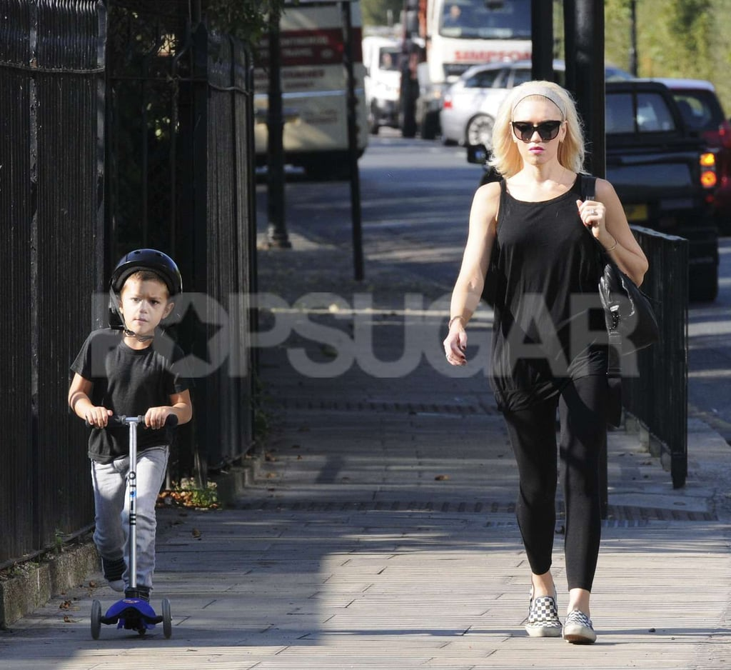 Kingston Rossdale rode a scooter in London with Gwen Stefani.