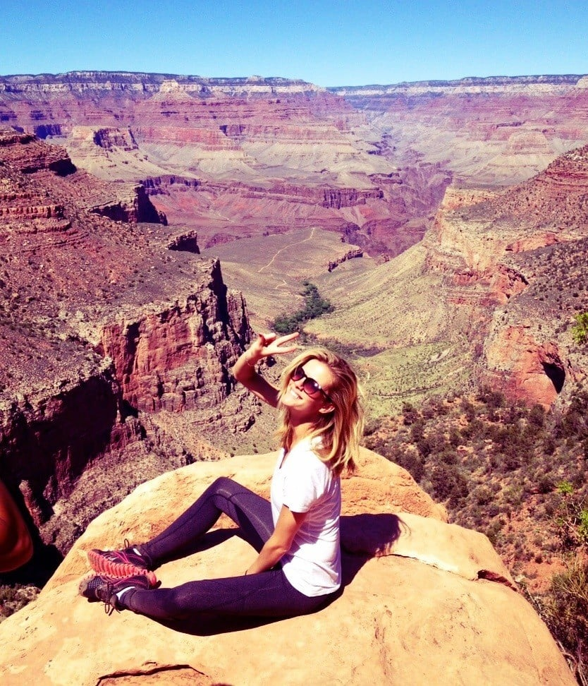 Brooklyn Decker took a camping trip to the Grand Canyon with friends. Source: Twitter User BrooklynDecker