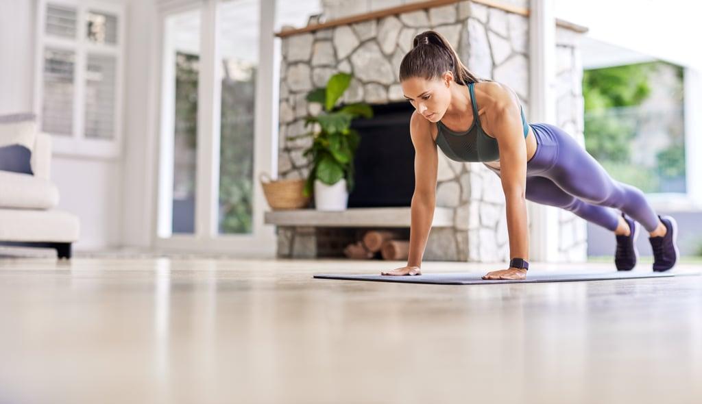 Kelsey Wells's Three-Week Plank Challenge