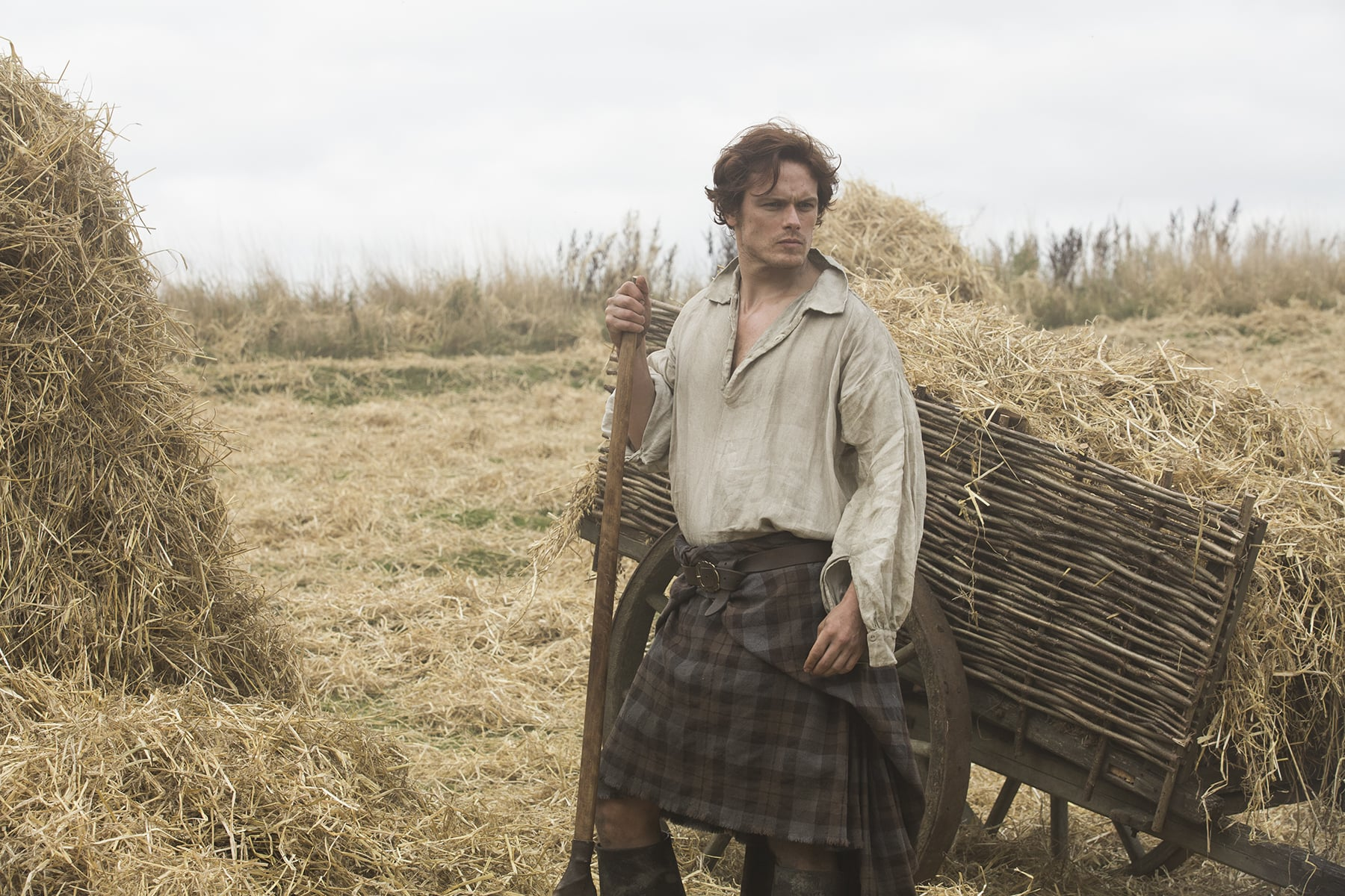 Jamie can really rock a kilt. Courtesy of Starz