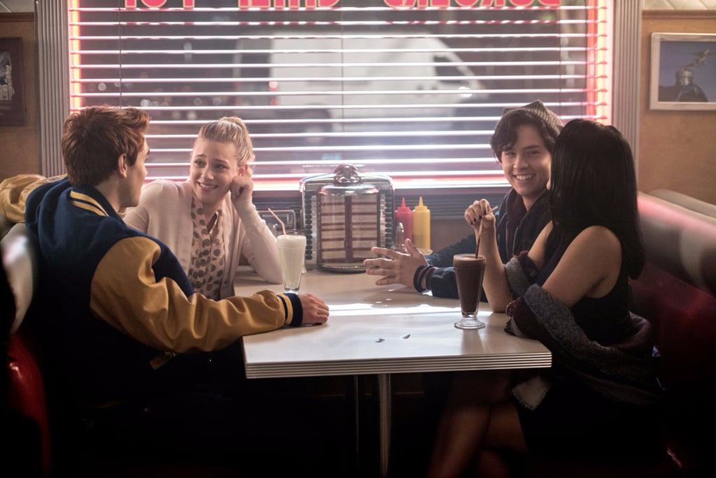 9 Reasons Riverdale Should Be the Next Show Gossip Girl Fans Binge-Watch