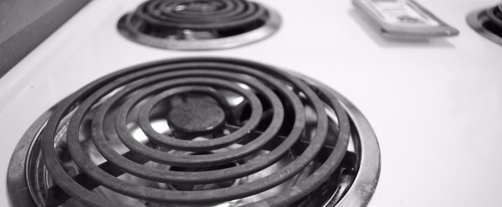 The Genius Reason You Should Take a Photo of Your Stove Before You Travel