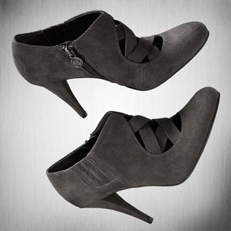 Fab Finger Discount: Simply Vera Vera Wang Moak Ankle Boots