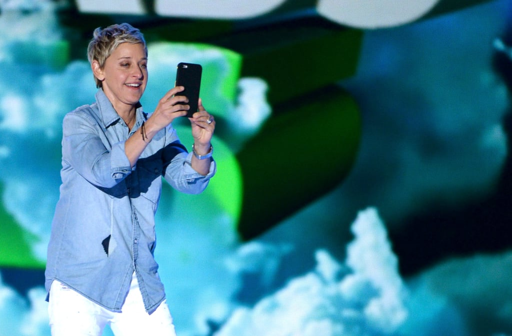 Ellen DeGeneres: Ellen Emoji Exploji