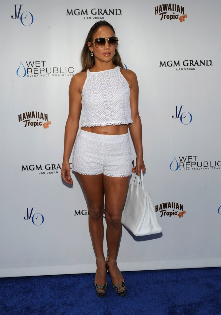 Jennifer Lopez Shows Off Her Abs and Sexy Style in Vegas