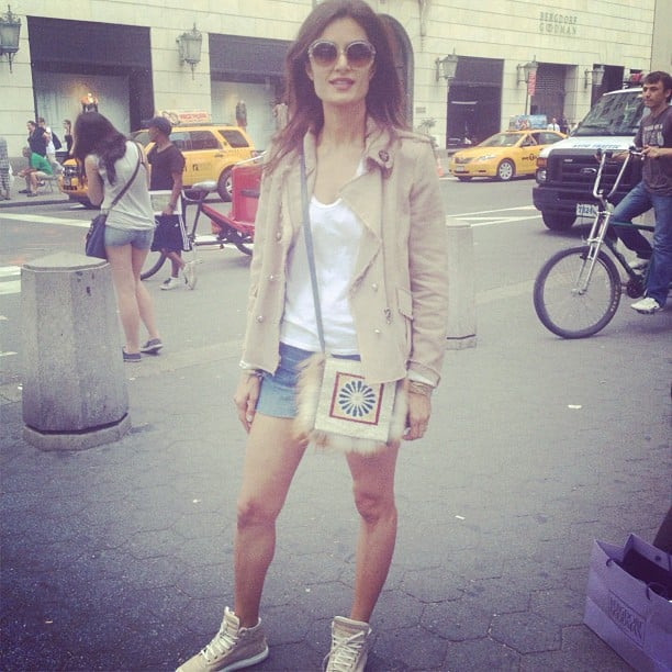 An incredibly chic city gal gave us tons of inspiration for an off-duty weekend look.