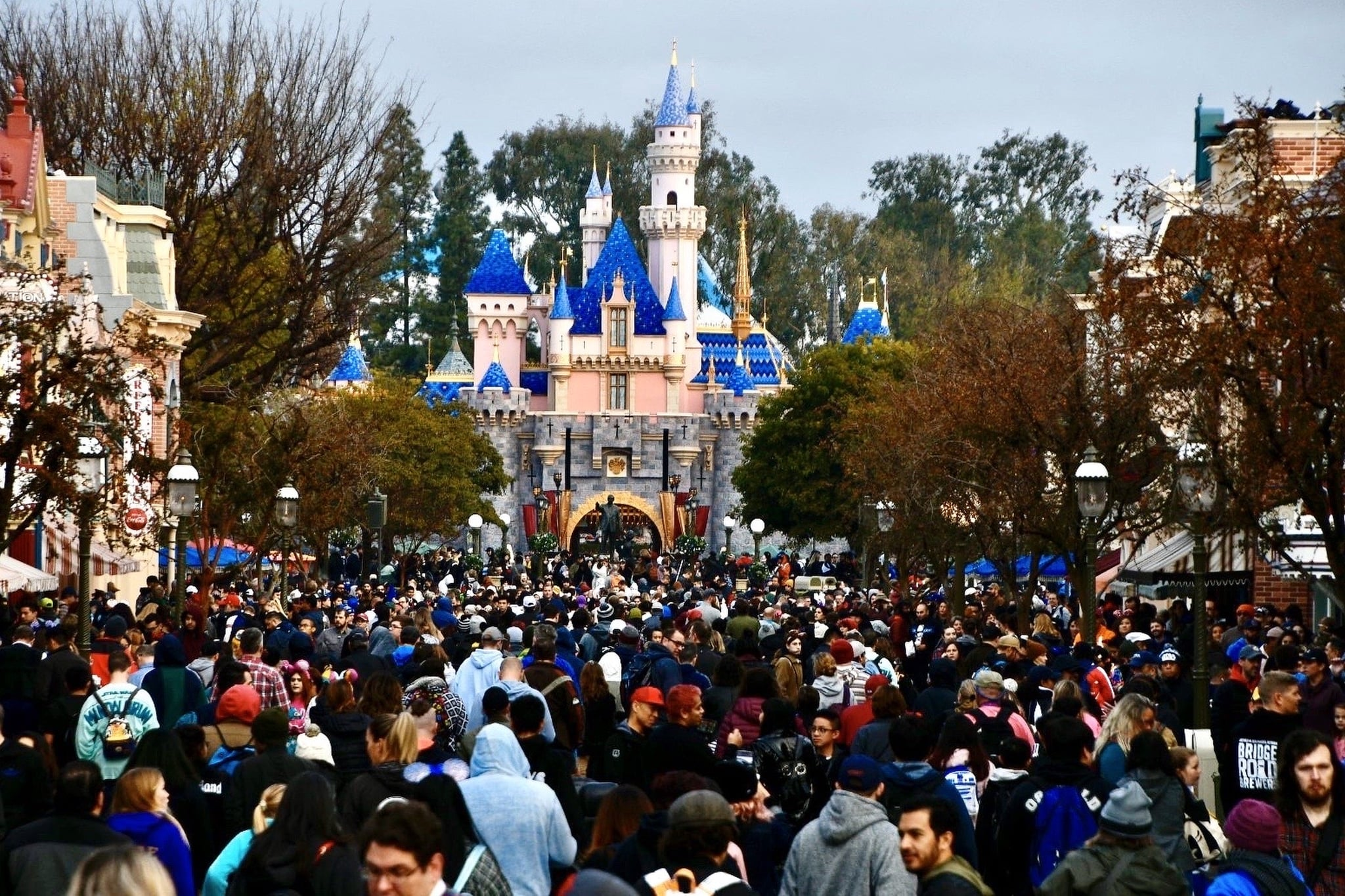 ANAHEIM, CA - JANUARY 17: Crowds fill Main Street U.S.A. before the opening of Rise of the Resistance at In Disneyland in Anaheim, CA, on Friday, Jan. 17, 2020.