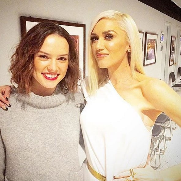"""""""Don't you hate when you put your jumper on and then have to take a picture with a woman that looks like THIS! @gwenstefani is incredible on @jimmyfallon tonight (and I'm on too!)"""""""