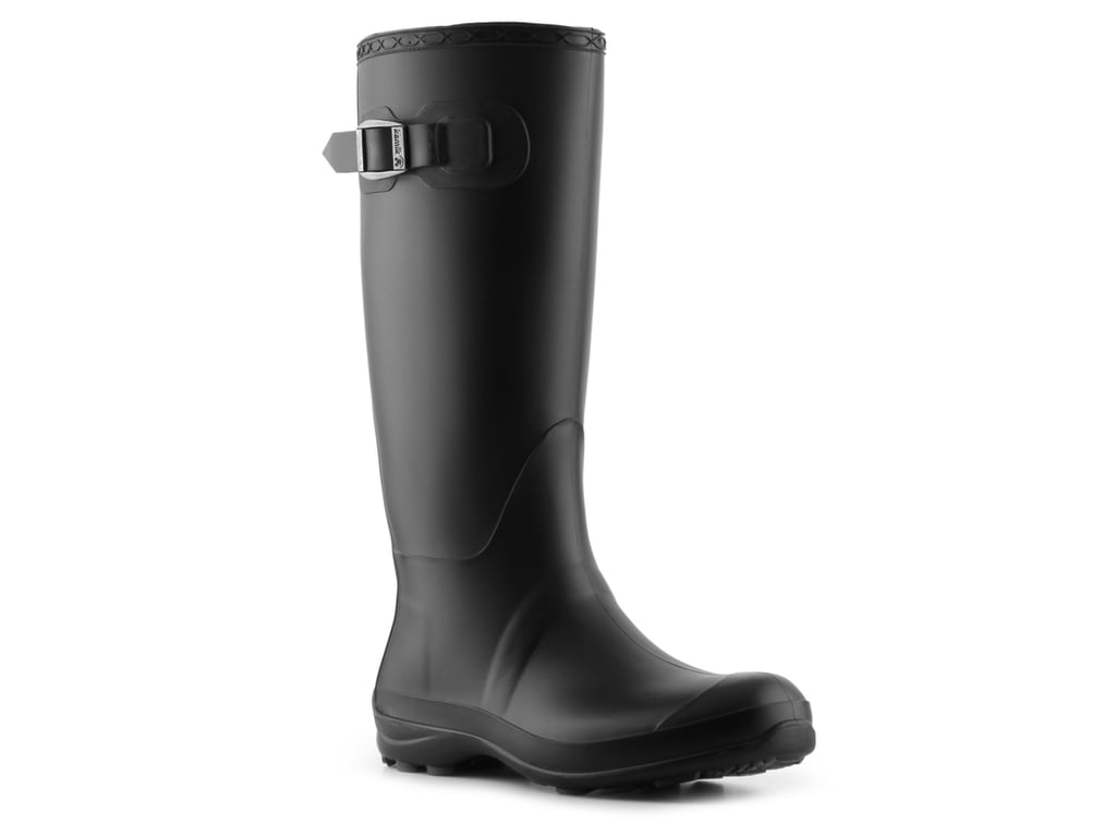 Wear the Look: Black Rain Boots