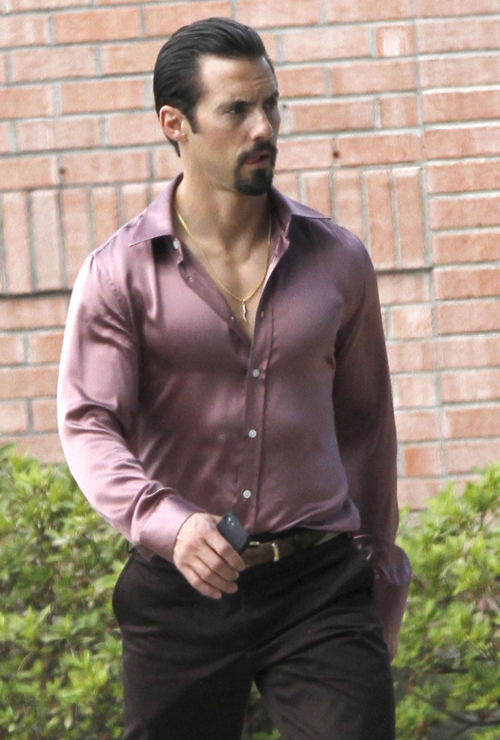 Milo Ventimiglia Slicked Back His Hair On Monday In New Orleans To Channing Tatum Scarlett Johansson Zac Efron And More Stars On Set Popsugar Entertainment Photo 15