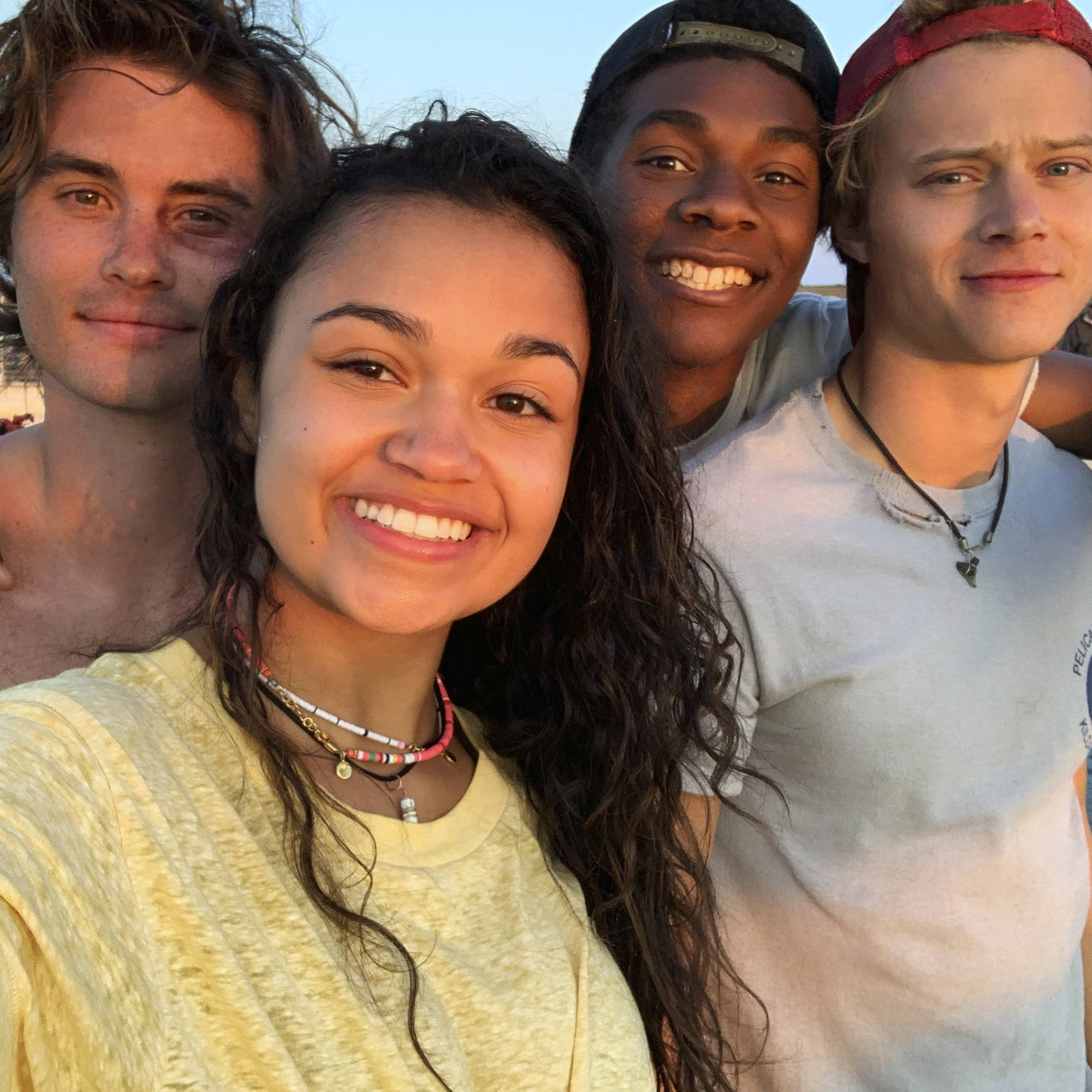 Outer Banks Season 2 New And Returning Cast Members Popsugar Entertainment