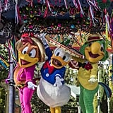 Disney California Adventure: Disney ¡Viva Navidad! Street Party