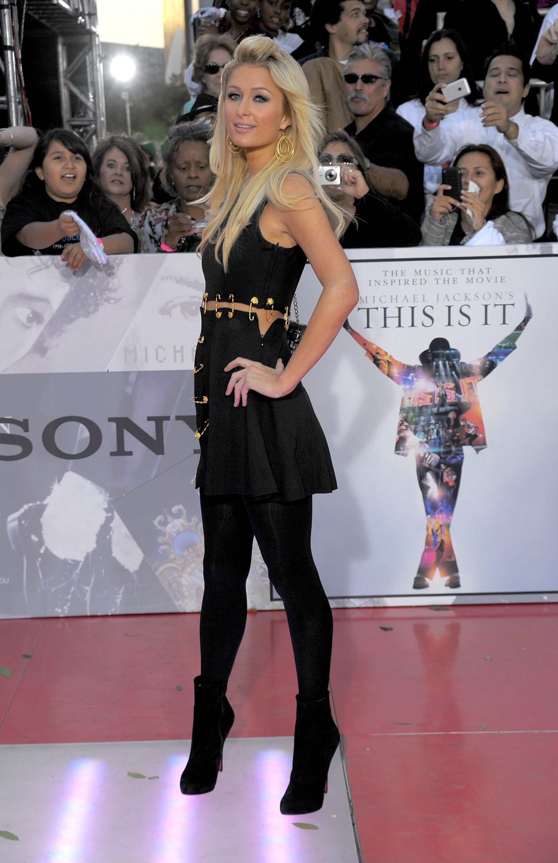 Photos Of La Red Carpet This Is It Premiere Paris Hilton