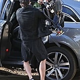 Orlando Bloom loaded Flynn Bloom onto his back.