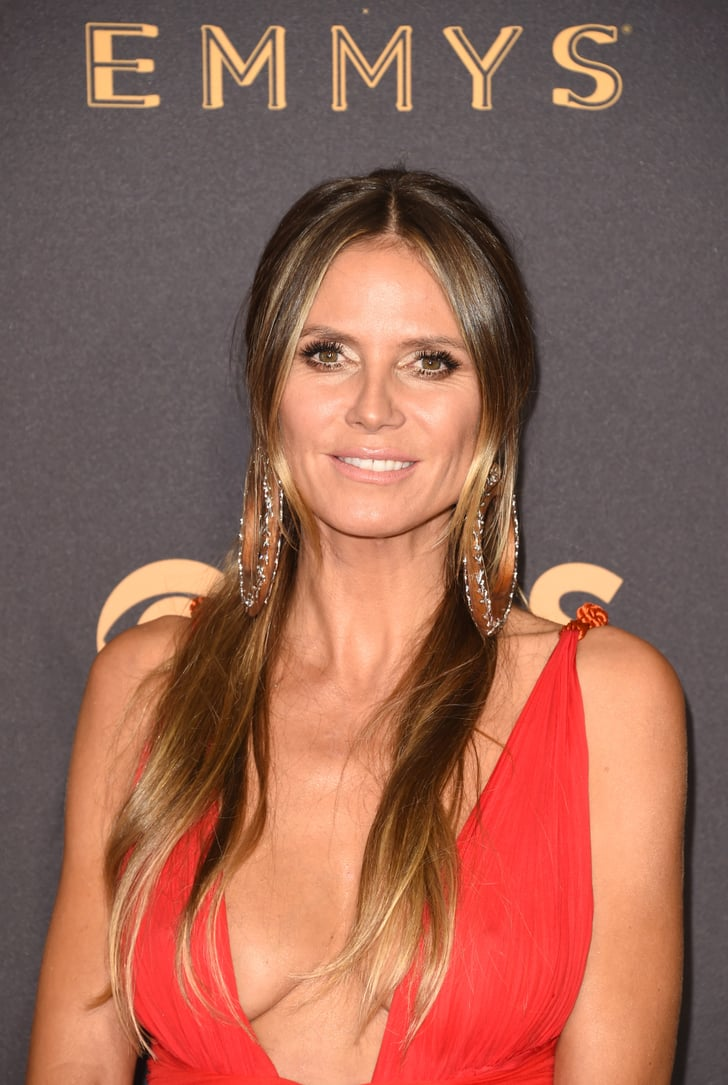 heidi klum celebrity hair and makeup at the emmy awards 2017 popsugar beauty photo 35. Black Bedroom Furniture Sets. Home Design Ideas