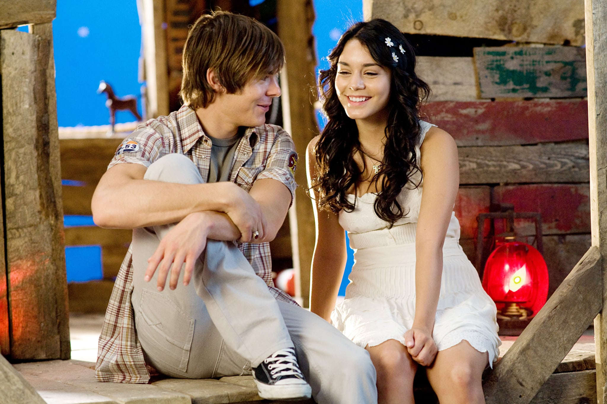 HIGH SCHOOL MUSICAL 3: SENIOR YEAR, from left: Zac Efron, Vanessa Hudgens, 2008. Walt Disney Co./courtesy Everett Collection