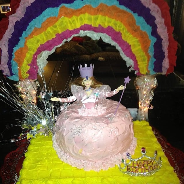Wizard Of Oz Birthday Cakes Popsugar Family
