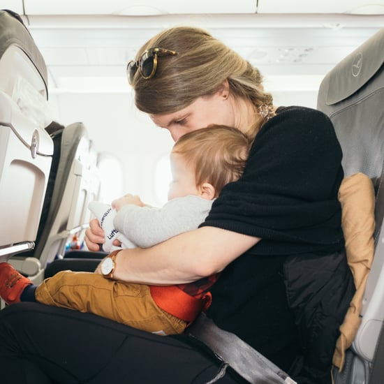 How to Help a Mom Who Is Traveling Alone With Her Baby