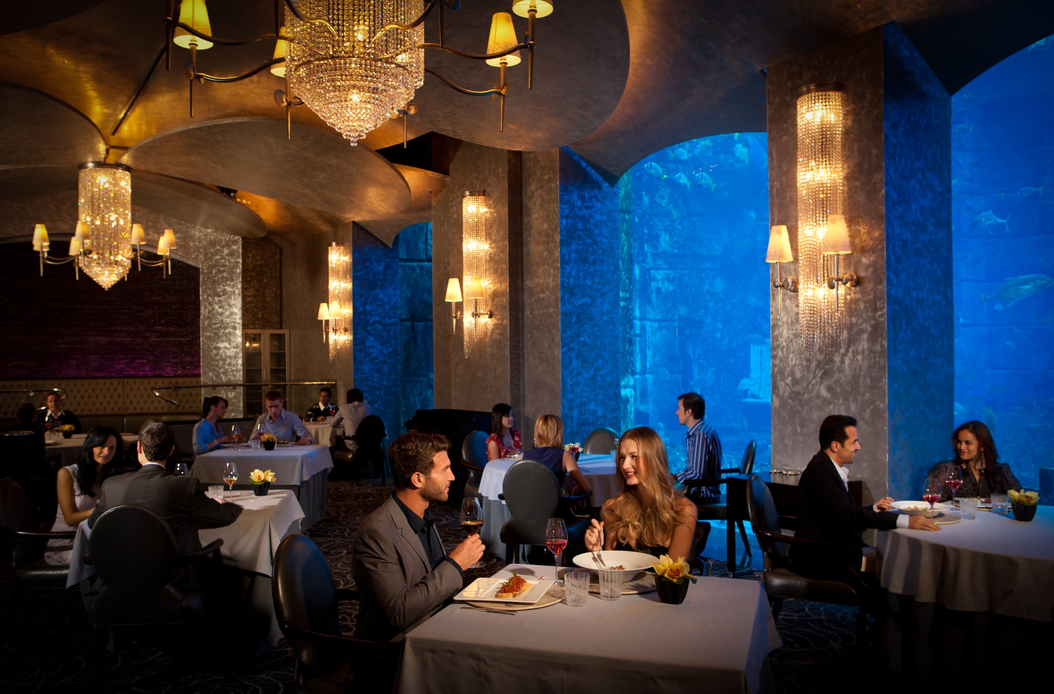 How To Save Money At Atlantis The Palm S Restaurants Popsugar Middle East Food