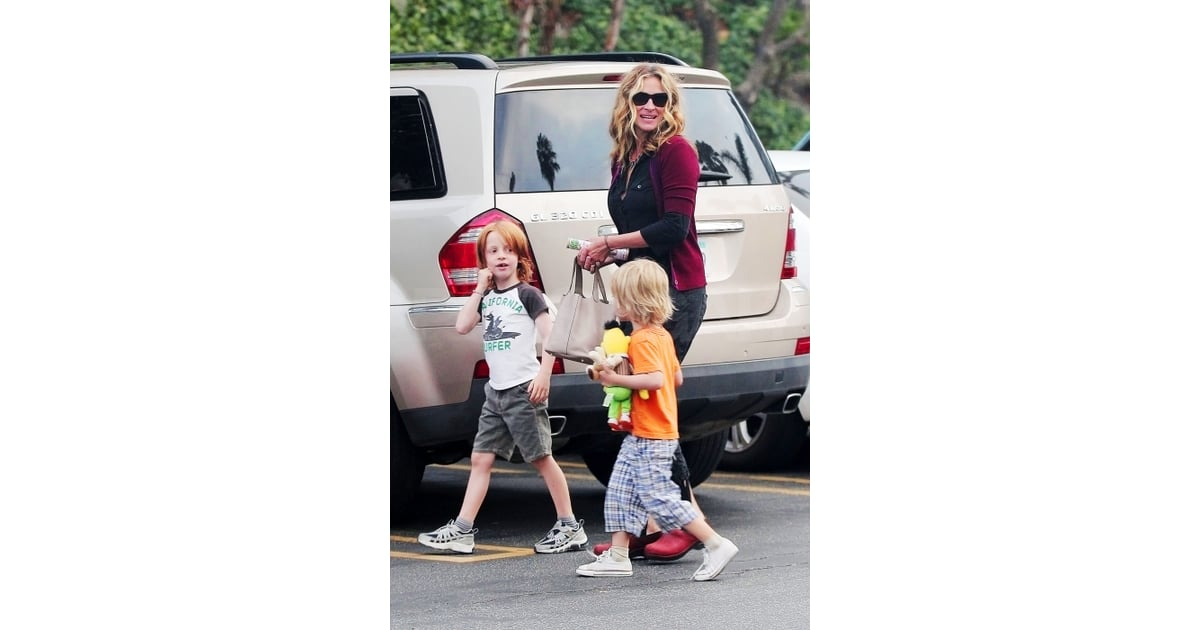 Julia Roberts\'s sons Phin and Henry. | Julia Roberts Pictures With ...