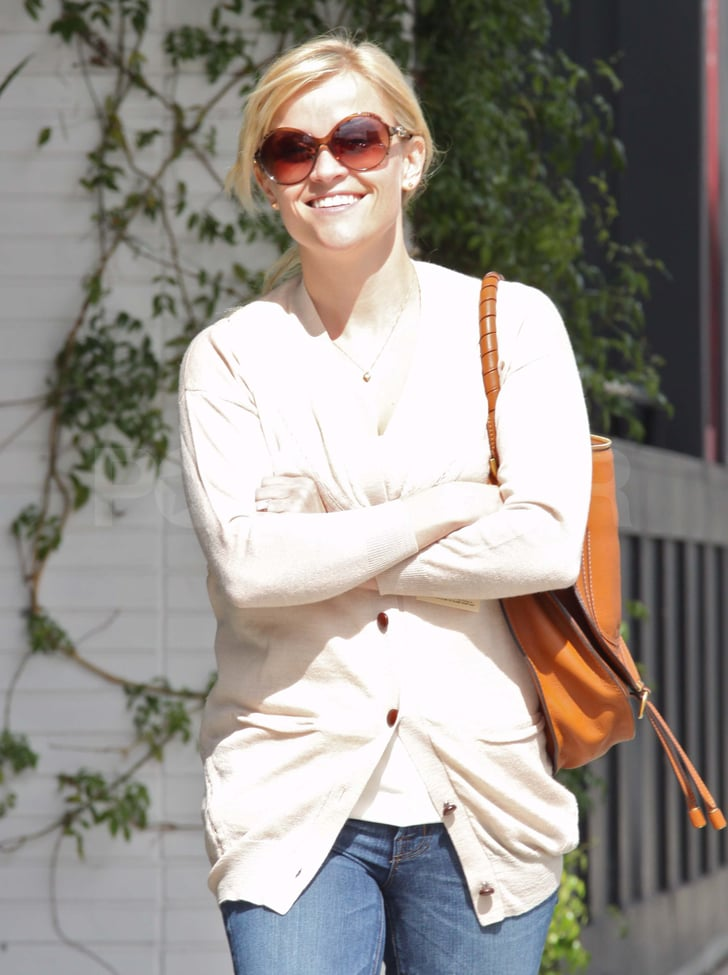 Reese Witherspoon Shops and Shows Her Gorgeous Smile