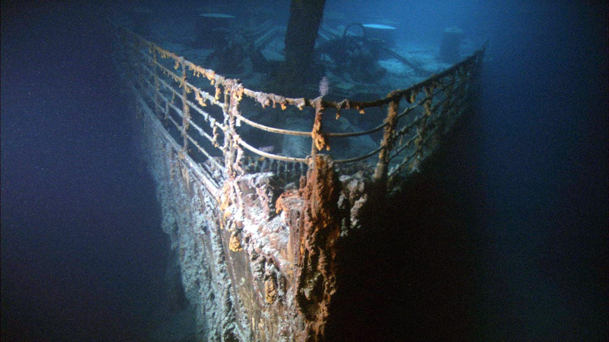 dive the titanic popsugar smart living