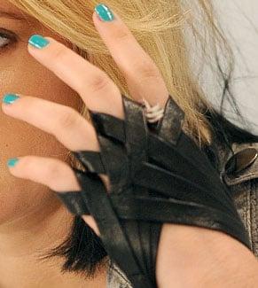 Turquoise Nail Polish Trend 2009-09-15 12:00:00