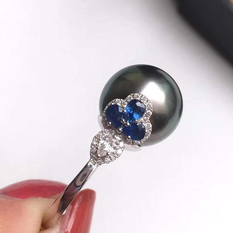 14-15mm Tahitian Pearl Ring, 18k White Gold w/ Sapphire