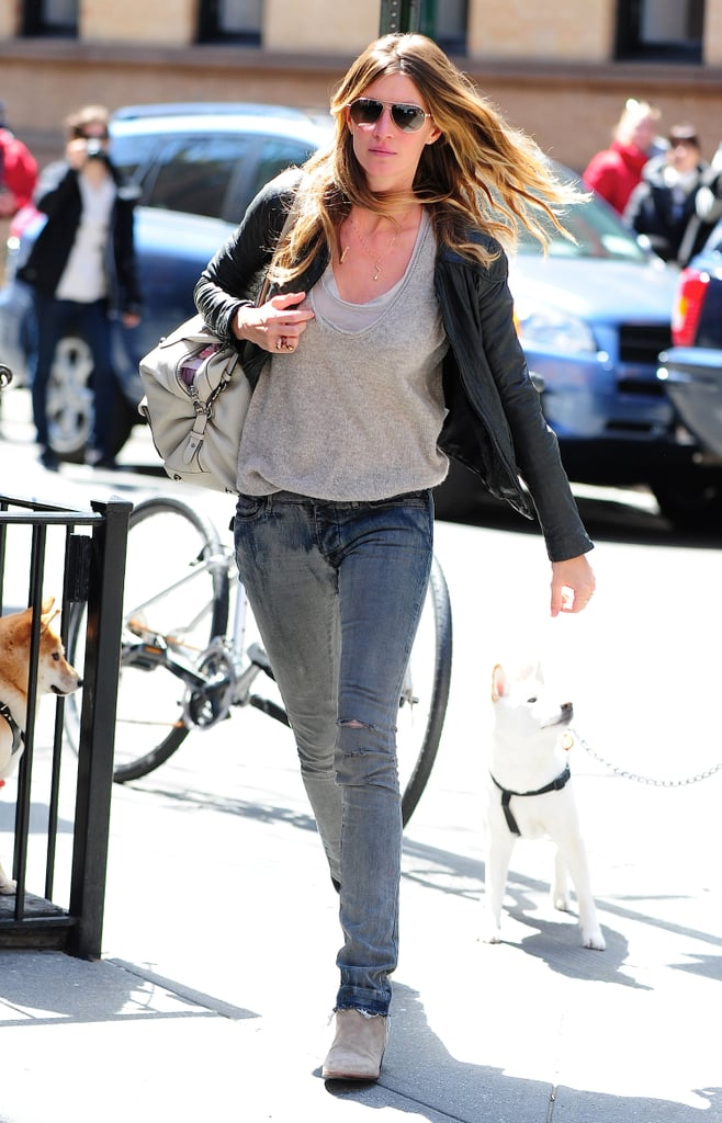 Gisele Bundchen Wearing Jeans and a T-Shirt