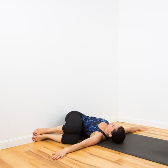 How to Do a Spinal Twist Using a Wall