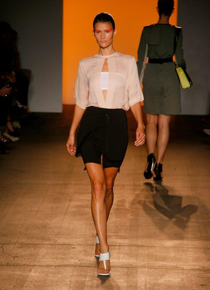 Spring 2011 New York Fashion Week: Yigal Azrouël 2010-09-14 20:59:17