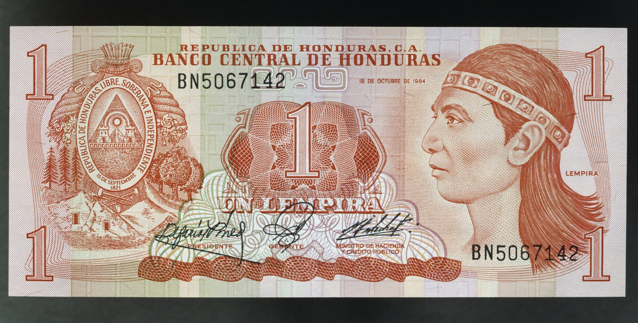 HONDURAS - JUNE 15: 1 lempira banknote, 1984, obverse, effigy of Lempira (died 1537). Honduras, 20th century. (Photo by DeAgostini/Getty Images)