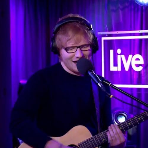"""Ed Sheeran Covers Christina Aguilera's """"Dirrty"""""""
