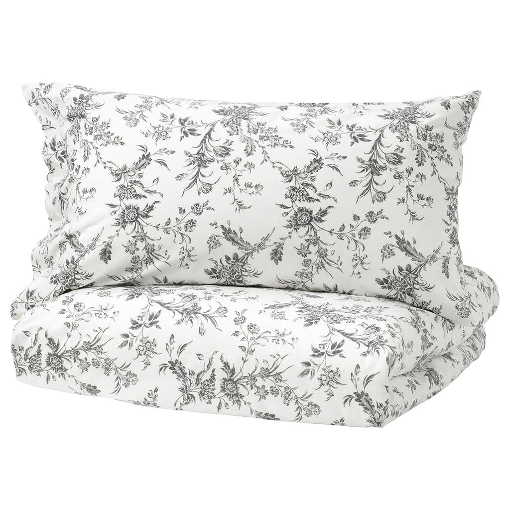 Ikea Alvine Kvist Duvet Cover and Pillowcases in White/Gray