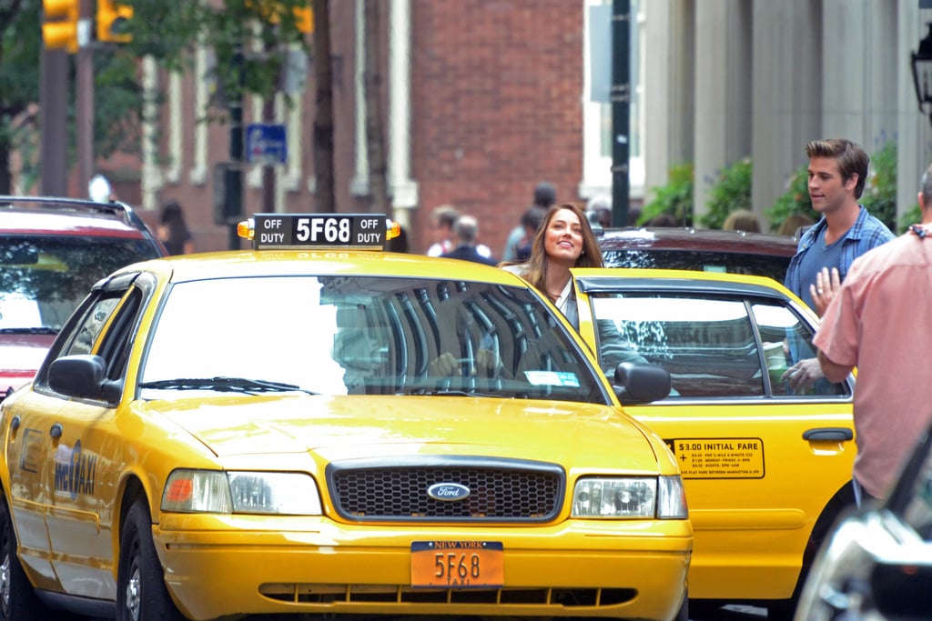 Liam Hemsworth and Amber Heard hopped into a cab while shooting Paranoia in Philadelphia.