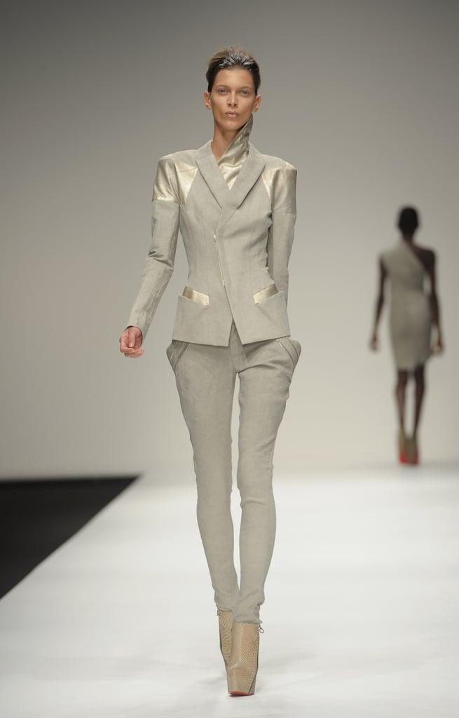 2011 Spring London Fashion Week: Todd Lynn